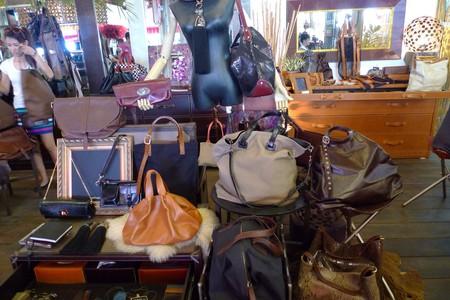 Bags at Chatuchak Weekend Market | © phuongkim1981/Flickr