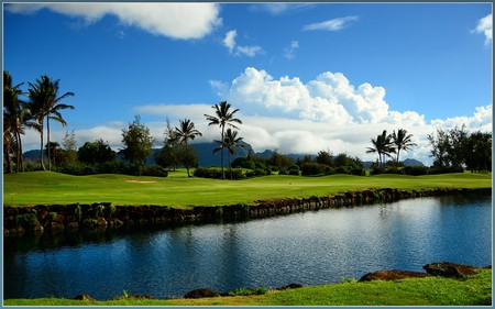 Golf Course | © tdlucas5000/Flickr