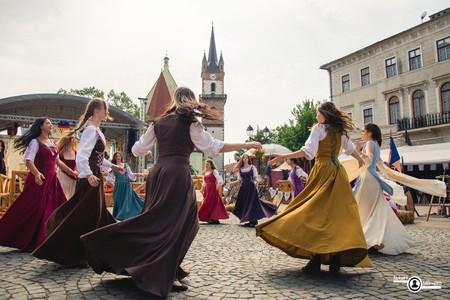 Medieval Dances © Robert Mângâtă | Courtesy of Asoctiatia Culturala Bistrita Medievala