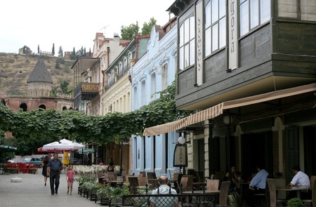 Street full of restaurants in Tbilisi   © dariva / Flicker
