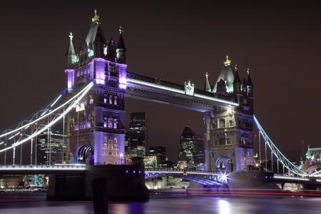 Tower Bridge | © Charlie Marshall/Flickr