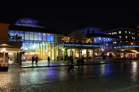 Covent Garden at night   © Heather Cowper