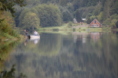 Fishing in Washington State   © Kevin Krejci / Flickr