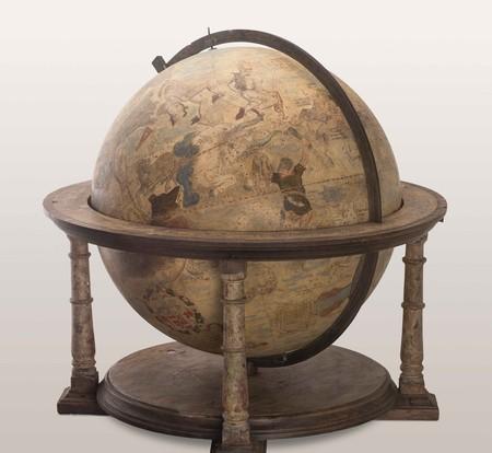 A terrestrial globe by Gerard Mercator, 1551 | © Museum fur Furstentum Luneburg / courtesy of M-Museum Leuven