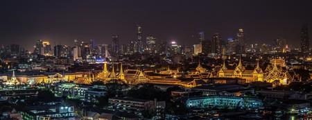 Wat Phra Kaew illuminated in the night | ©sasint/Pixabay