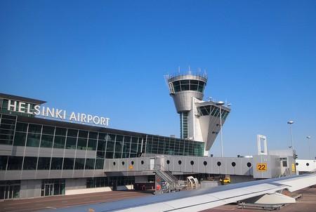 Helsinki airport exterior   © Tiia Monto / WikiCommons