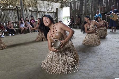 Traditional dance    © Vibeke Johannessen / The Viking Abroad