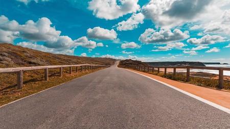 Portuguese road © Pixabay