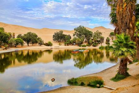 Huacachina   ©  Don Mammoser / Shutterstock