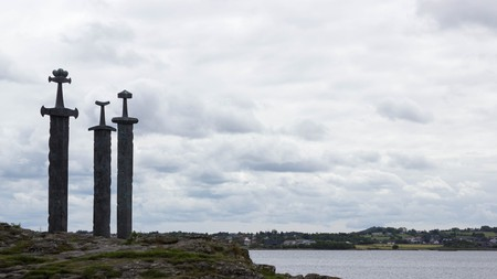 Three Swords monument, Stavanger | © Christopher Dolan / Flickr
