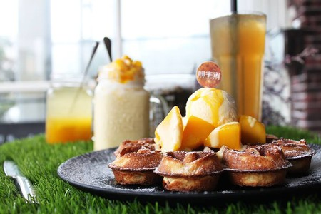 Brunch for a sweet tooth