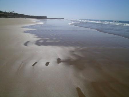 Untrodden, pristine sands on an Agadir beach | © Hugues / Flickr