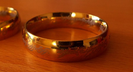 A replica of The One Ring   © Daniel Oines/Flickr