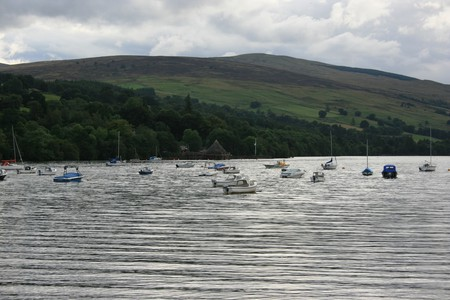 Boats on Loch Tay | © Chris Fleming/Flickr