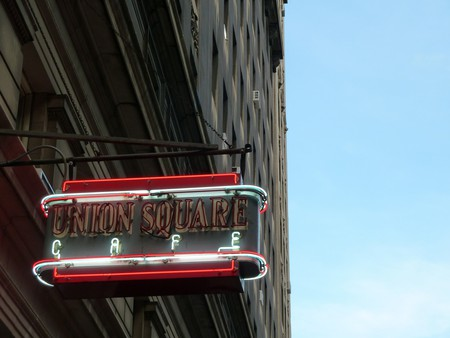 Union Square Cafe's sign