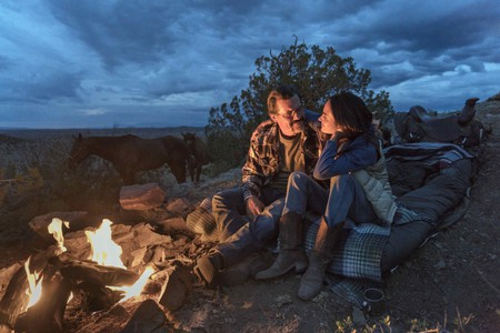 """""""Supe"""" Eric Marsh (Josh Brolin) and Amanda Marsh (Jennifer Connelly) in Columbia Picturs' ONLY THE BRAVE."""