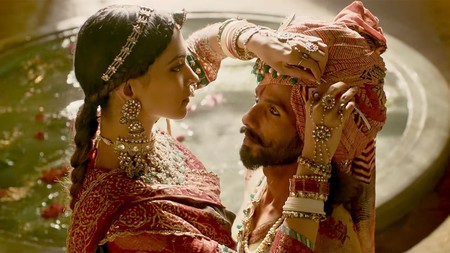Deepika Padukone and Shahid Kapoor in Padmavati | © Viacom 18 Motion Pictures and Bhansali Productions