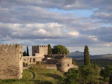 Castillo Trujillo | Courtesy of Dudley Trading Estates, S. L