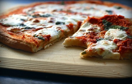 Delicious pizza   ©ponce_photography / Pixabay