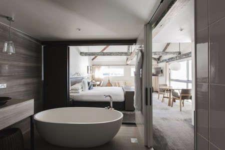 Harbour View Suite | Courtesy of Pier One Sydney Harbour