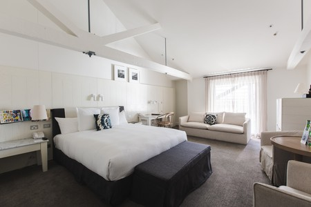 Bedroom Interior | Courtesy of Pier One Sydney Harbour