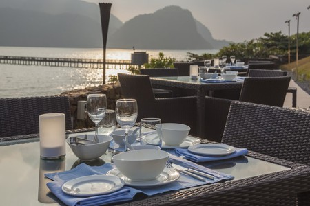 Restaurant in Langkawi with sunset view © Shandarov Arkadii/Shutterstock