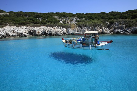Skyros island is known for its crystal-clear waters, perfect for snorkeling   ©PixaBay