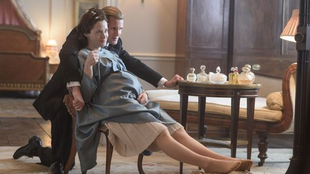 Claire Foy and Matt Smith in 'The Crown: Season 2' | © Netflix