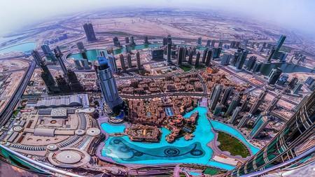 Looking down on Dubai from the Burj Khalifa | © Maher Najm/Flickr