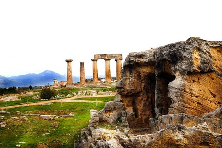 Temple of Apollo, Ancient Corinth | © Andy Montgomery / Flickr