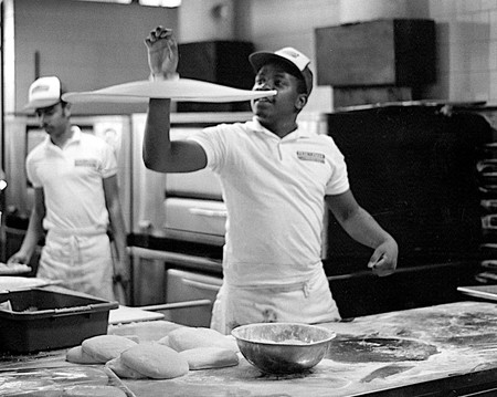 Making Pizza in Baltimore | © Alan Levine/Flickr