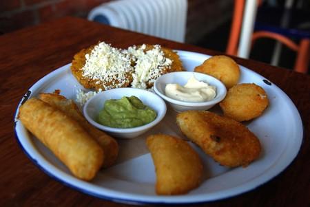 Medley of Venezuelan snacks | © Alpha / Flickr