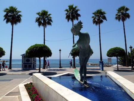 A Salvador Dali sculptutre by Marbella's sea-front; David van der Mark/flickr