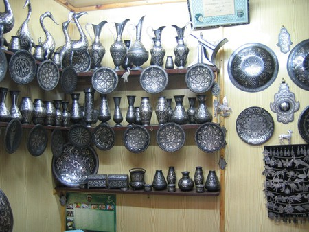 Eye-catching damascene metalwork in Meknes | © Lietmotiv/Flickr