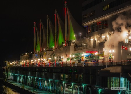 Christmas at Canada Place, Vancouver | ©Vladimir Kostka / Flickr