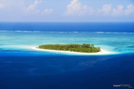 Ariel view of Mnemba Island | © Shayne Thomas/Flickr