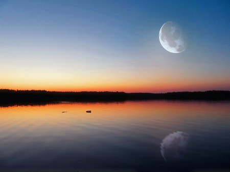 A remote lake in Finland   © ChadoNihi / Pixabay