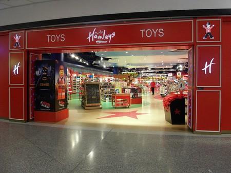 A Hamleys toy store   © Jin Zan / WikiCommons