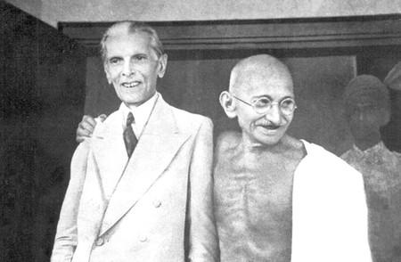 Mohammad Ali Jinnah and Mahatma Gandhi   gandhiserve.org / WikiCommons