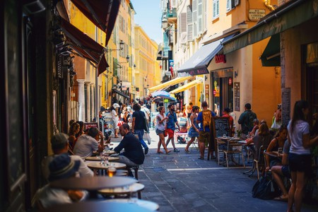 Outdoor seating at a café in France   © Paul Rysz / Unsplash