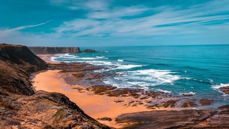 Dramatic Portuguese coast © Pixabay