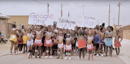 Young girls protesting against Google in South Africa |© YouTube / TV YABANTU
