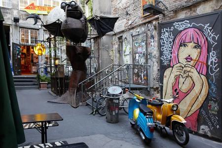 Grungy Urban Art in Berlin | © andersphoto/Shutterstock