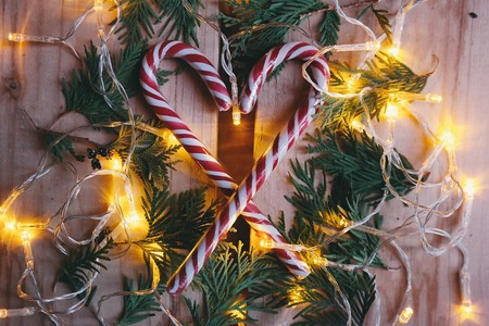 Spread cheer this holiday season by volunteering | © StockSnap / Pixabay