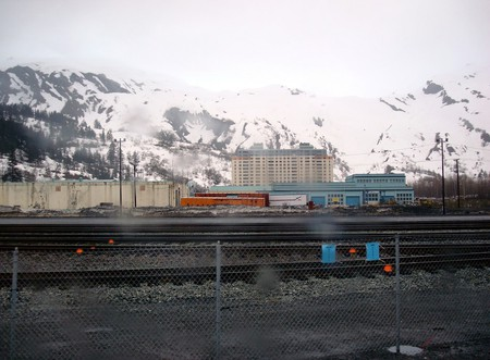 A view of Begich Towers from across the train tracks | © Barbara Ann Spengler / Flickr