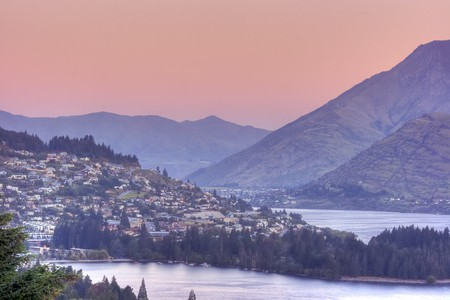 Queenstown from Fernhill | © Anthony Cramp/Flickr