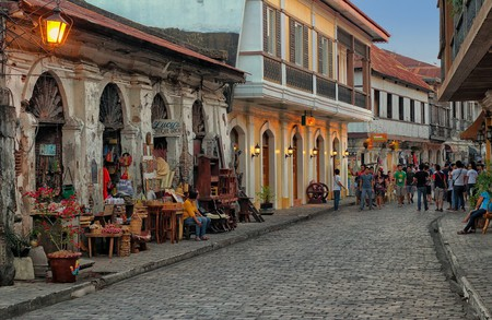 Lucy's Antique Shop at Calle Crisologo | © Ray in Manila / Flickr