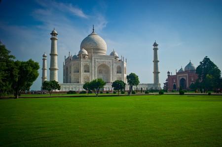 The Taj Mahal, Agra, India   © null0 / Flickr