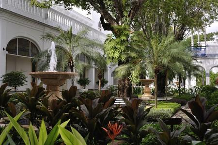 Majapahit Hotel, a historical landmark in Surabaya   © Johan Wieland / Flickr