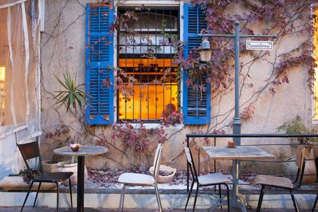 A coffee shop in the northern Israeli city of Haifa   © Israeltourism / Flickr